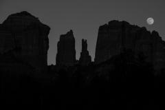Full-Moon-at-Cathedral-Rock